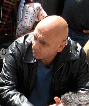 Juan Carlos Maugeri en una reunión de San Telmo Preserva en la Plaza Dorrego